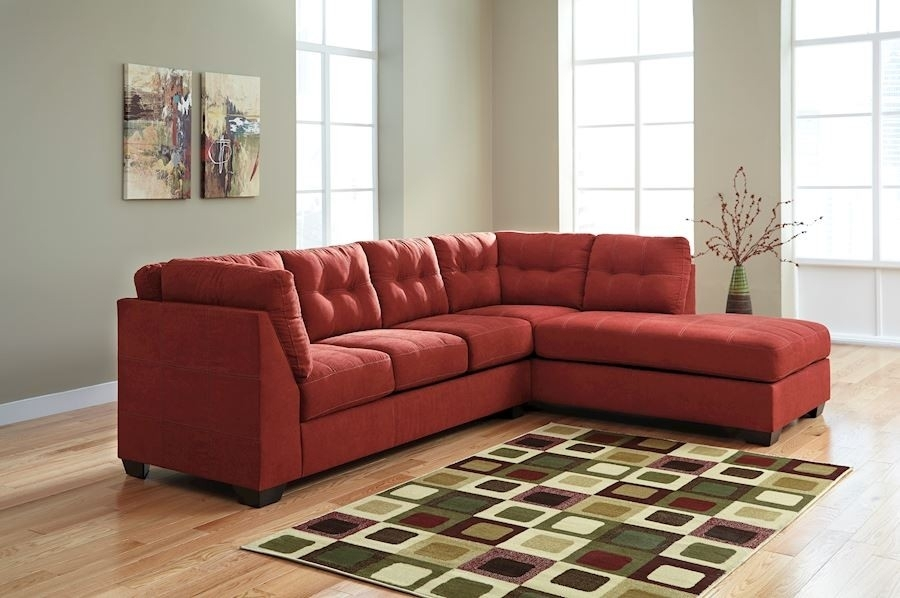 Maier Living Room Group – Speedyfurniture Pertaining To Dufresne Sectional Sofas (Image 7 of 10)