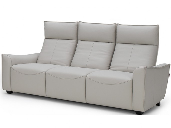 Modern Leather Sofa: Bring Luxury Home With Reclining Leather Sofa With Modern Reclining Leather Sofas (Image 3 of 10)