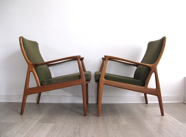 Featured Image of Retro Sofas And Chairs
