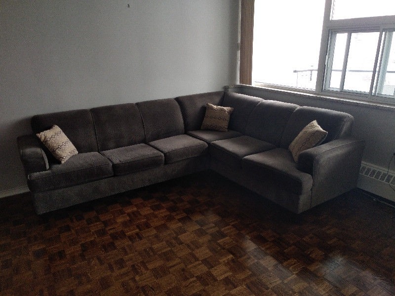 Sectional Couch For Sale W/ Pull Out Sofa Bed | Couches & Futons Pertaining To Oakville Sectional Sofas (View 8 of 10)