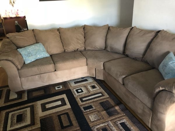Sectional (Furniture) In Visalia, Ca With Visalia Ca Sectional Sofas (View 8 of 10)