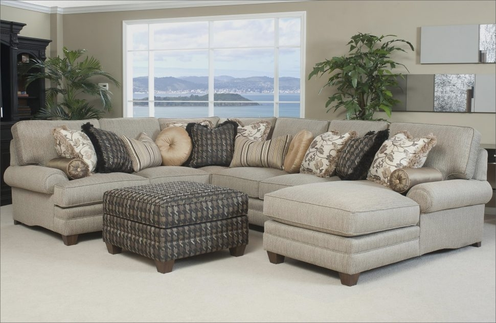 Sectional Sofa : Inexpensive Sectional Sofas For Small Spaces Big With Regard To Inexpensive Sectional Sofas For Small Spaces (Image 7 of 10)