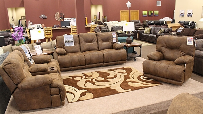 Sit Tight In Quincy Il Sectional Sofas (Image 8 of 10)