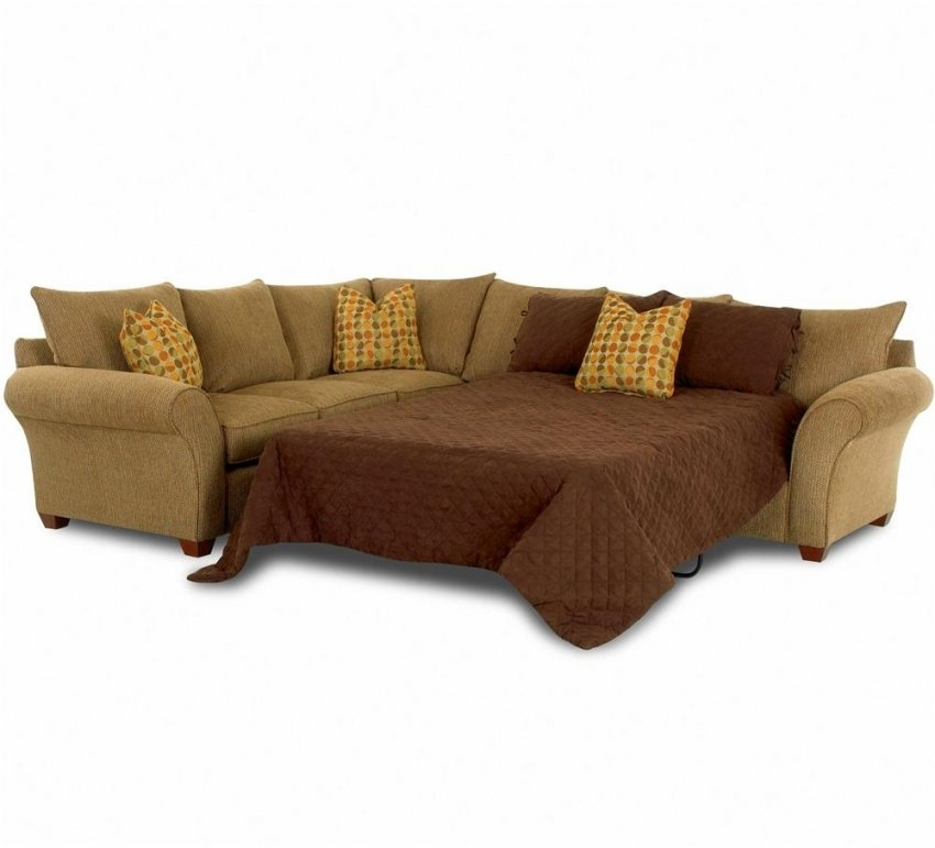 Sleeper Spacious Sectionalklaussner | Wolf And Gardiner Intended For Throughout Gardiners Sectional Sofas (Image 8 of 10)