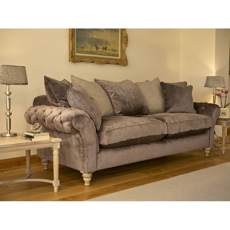 Featured Image of Extra Large Sofas