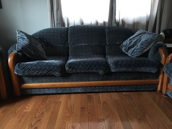 Sofas (Furniture) In Nashua, Nh – Offerup Regarding Nashua Nh Sectional Sofas (View 10 of 10)
