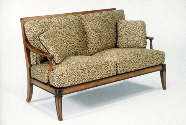 Sofas: How Old Is Too Old? – Startribune Inside Old Fashioned Sofas (Image 9 of 10)