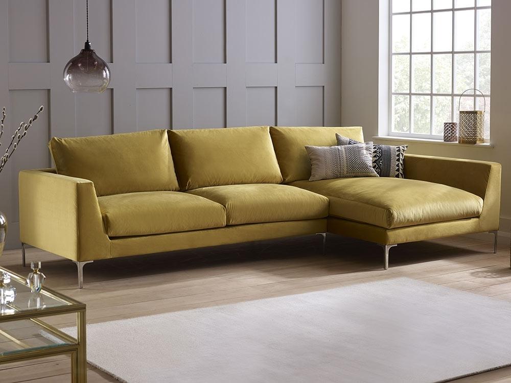 Sofas With Regard To Velvet Sofas (Image 7 of 10)