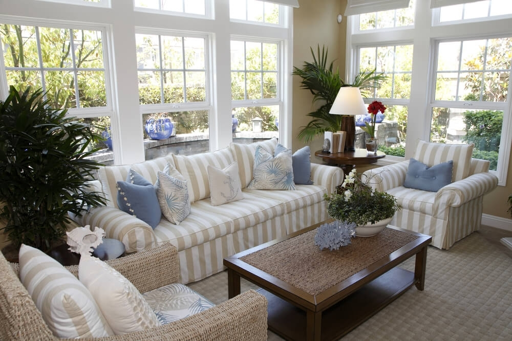 Striped Sofa Living Room Ideas | Catosfera Pertaining To Striped Sofas And Chairs (Image 6 of 10)