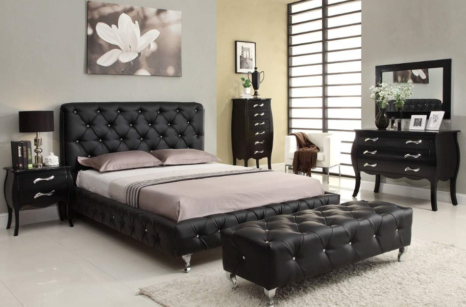 The Best Sofas For Your Bedroom | Chesterfield Sofa Blog Regarding Bedroom Sofas (Image 10 of 10)