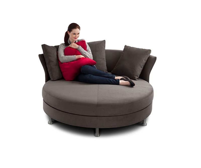 Featured Image of Circle Sofas
