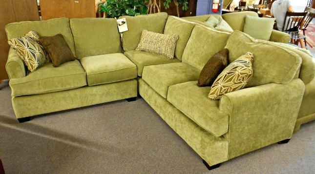 Thomasville Sofa – Getanyjob (Image 10 of 10)