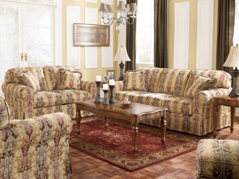 Traditional Fabric Sofas Photos – Liltigertoo – Liltigertoo Pertaining To Traditional Fabric Sofas (Image 9 of 10)