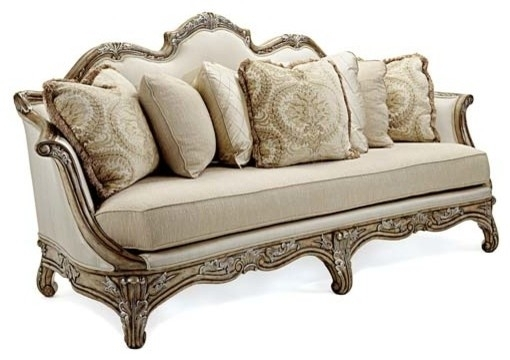 Traditional Sofas – Home And Textiles Intended For Traditional Sofas (Image 9 of 10)