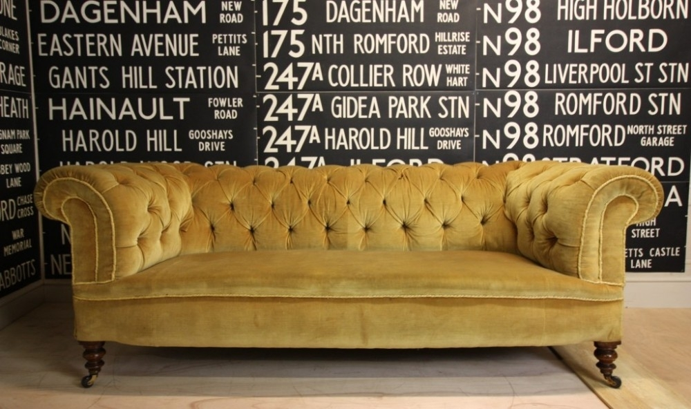Vintage Chesterfield Sofas Uk | Thecreativescientist Inside Vintage Chesterfield Sofas (Image 9 of 10)