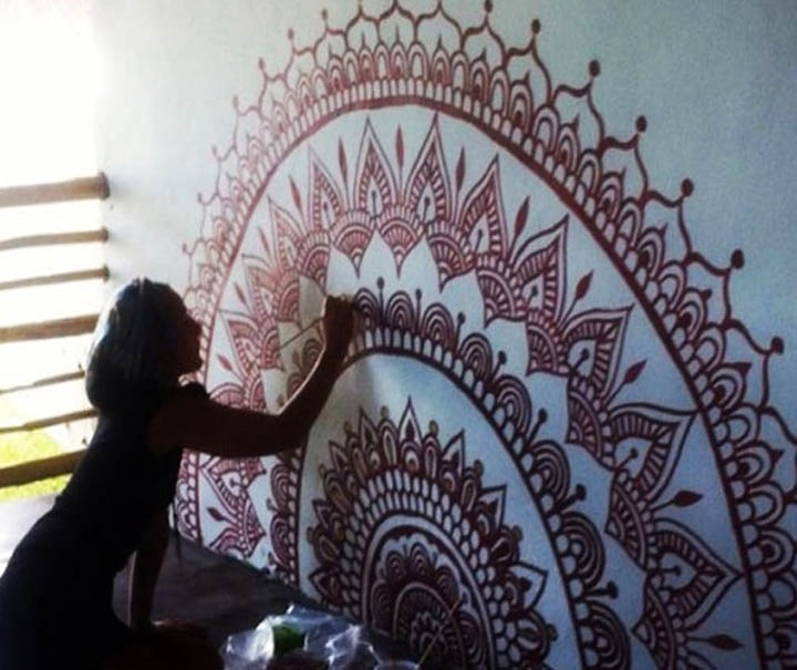 An Artist From Gaza Uses Henna To Create Stunning Wall Art In Henna Wall Art (Image 2 of 10)
