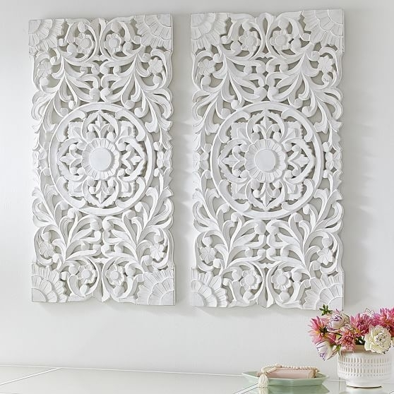 Featured Image of White Wall Art