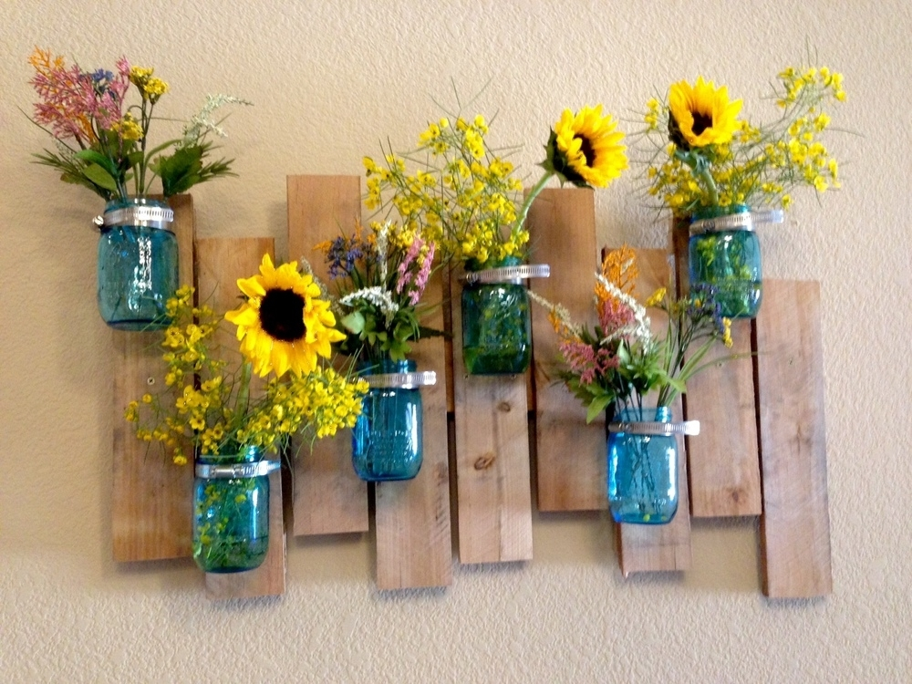 Mason Jar Vase & Wood Pallet Wall Art Project Diy – Jennifer Spoelma Pertaining To Mason Jar Wall Art (View 6 of 10)