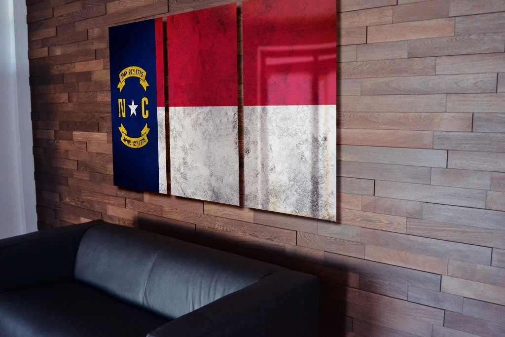 North Carolina State Flag Hanging Rustic Worn Metal Wall Art Gru Inside North Carolina Wall Art (View 9 of 10)