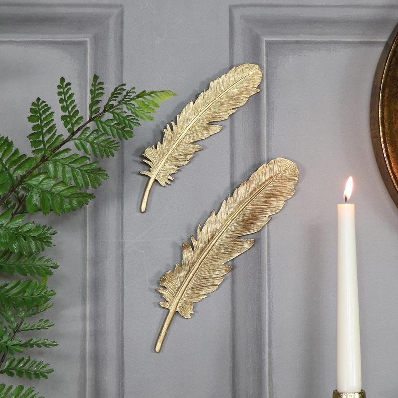 Pair Of Antique Gold Feather Wall Art Decorations – Melody Maison® With Feather Wall Art (Image 9 of 10)