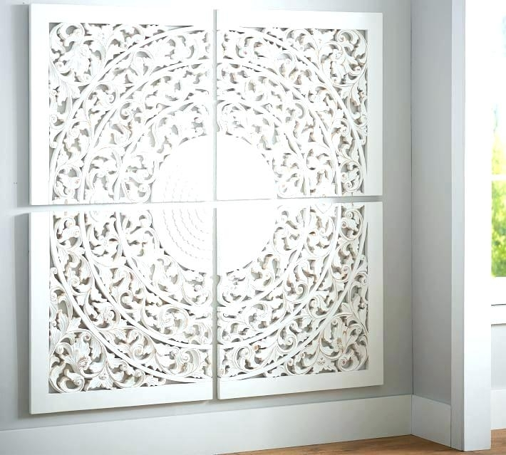 Featured Image of Wood Medallion Wall Art