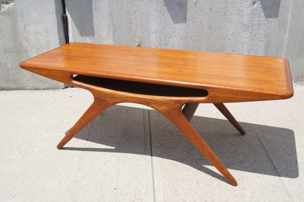 Awesome Mid Century Modern Teak Coffee Table In Teak Coffee Table Pertaining To Live Edge Teak Coffee Tables (View 36 of 40)