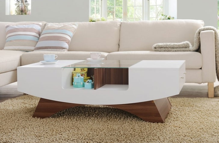 Best 10 Elegant Wooden Living Room Coffee Tables 2017 – Home And Throughout Candice Ii Storage Cocktail Tables (View 29 of 40)