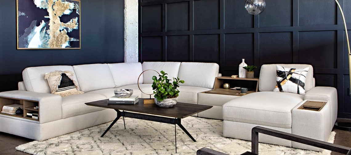 Black And White Designs To Transform Your Living Room | Living Spaces Inside Weaver Dark Rectangle Cocktail Tables (View 27 of 40)
