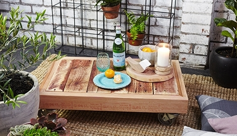 D.i.y. Outdoor Pallet Coffee Table On Wheels | Bunnings Warehouse, Nz With Regard To Autumn Cocktail Tables With Casters (Photo 25 of 40)