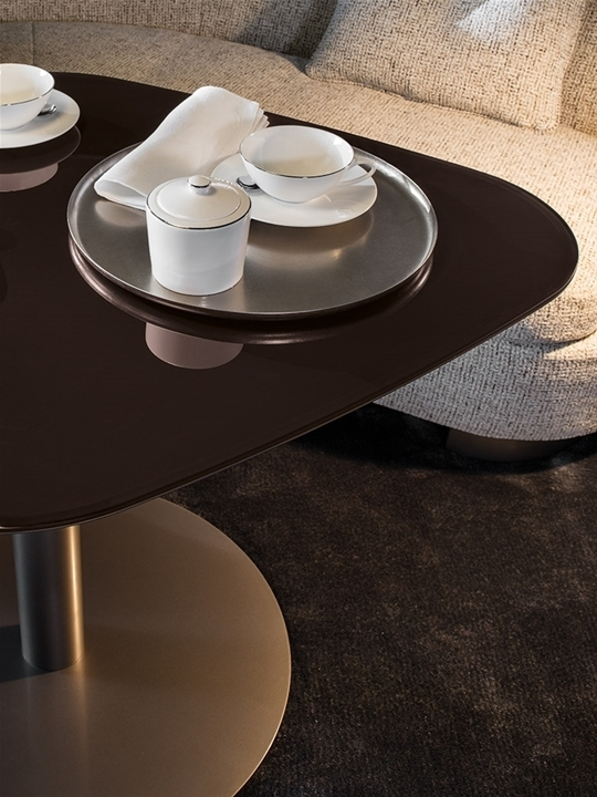"Diamond ""lounge"" 