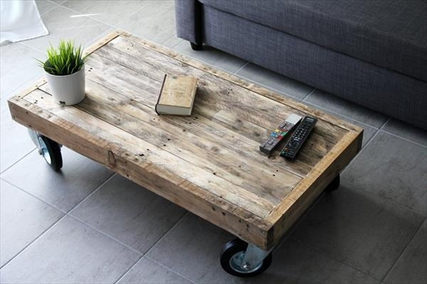 Diy Reclaimed Pallet Coffee Table With Wheels | Pallet Furniture Plans For Natural Wheel Coffee Tables (Photo 13 of 40)