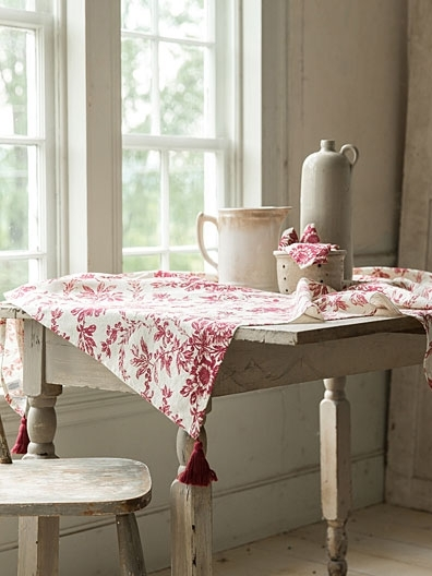Felicity's Flowers Tablecloth | April's Attic Sale, Linens & Kitchen With Felicity Cocktail Tables (Image 21 of 40)