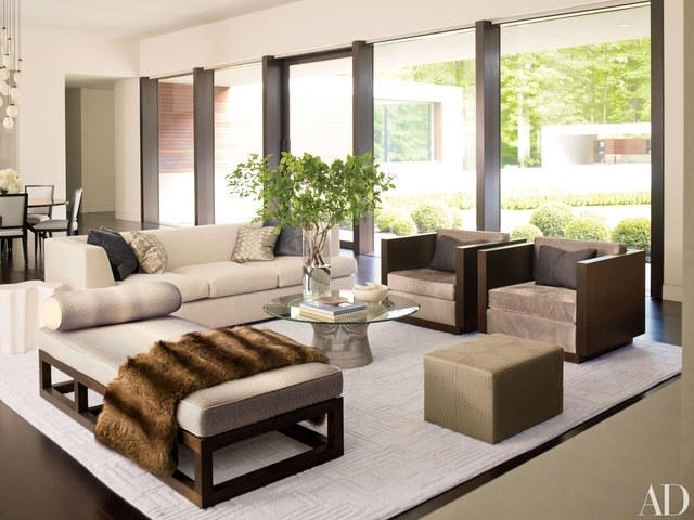 How To Incorporate Ottomans Into Your Living Room Decor Photos In Mill Large Leather Coffee Tables (View 35 of 40)