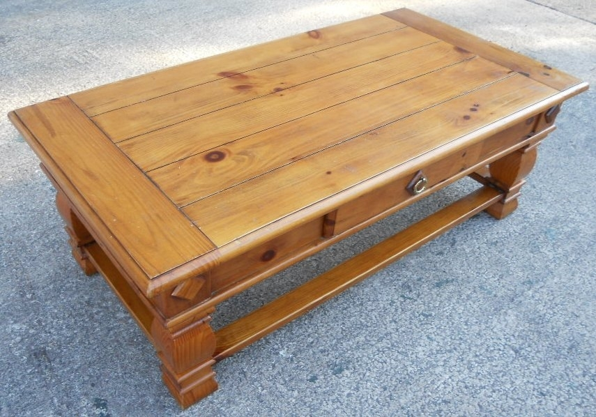 Large Antique Style Pine Coffee Table With Single Storage Drawer Throughout Natural Pine Coffee Tables (Image 20 of 40)