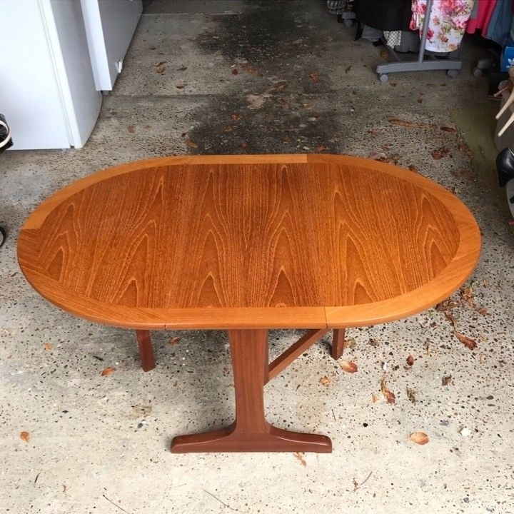 Parker Knoll Small Teak Oval Dropleaf Coffee Table | In Felixstowe Throughout Parker Oval Marble Coffee Tables (Photo 26 of 40)