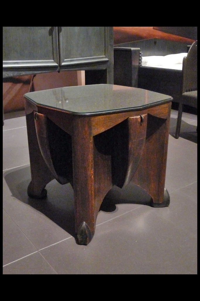 Salontafel 02 1920 Kramer Pl (Sm Amsterdam 2016) | © Picture… | Flickr Pertaining To Expressionist Coffee Tables (Image 37 of 40)
