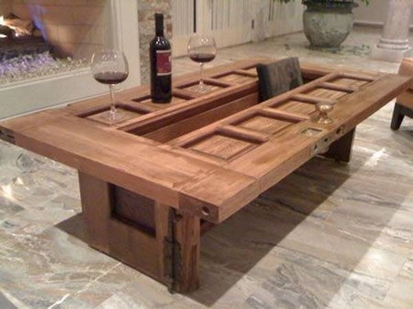Unique Vintage Furniture Recycling Wood Doors, 30 Modern Ideas For Vintage Wood Coffee Tables (Image 24 of 40)