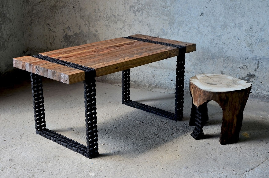 We Turned Old Wood And Rusty Chain Into A Coffee Table | Bored Panda For Vintage Wood Coffee Tables (Image 40 of 40)