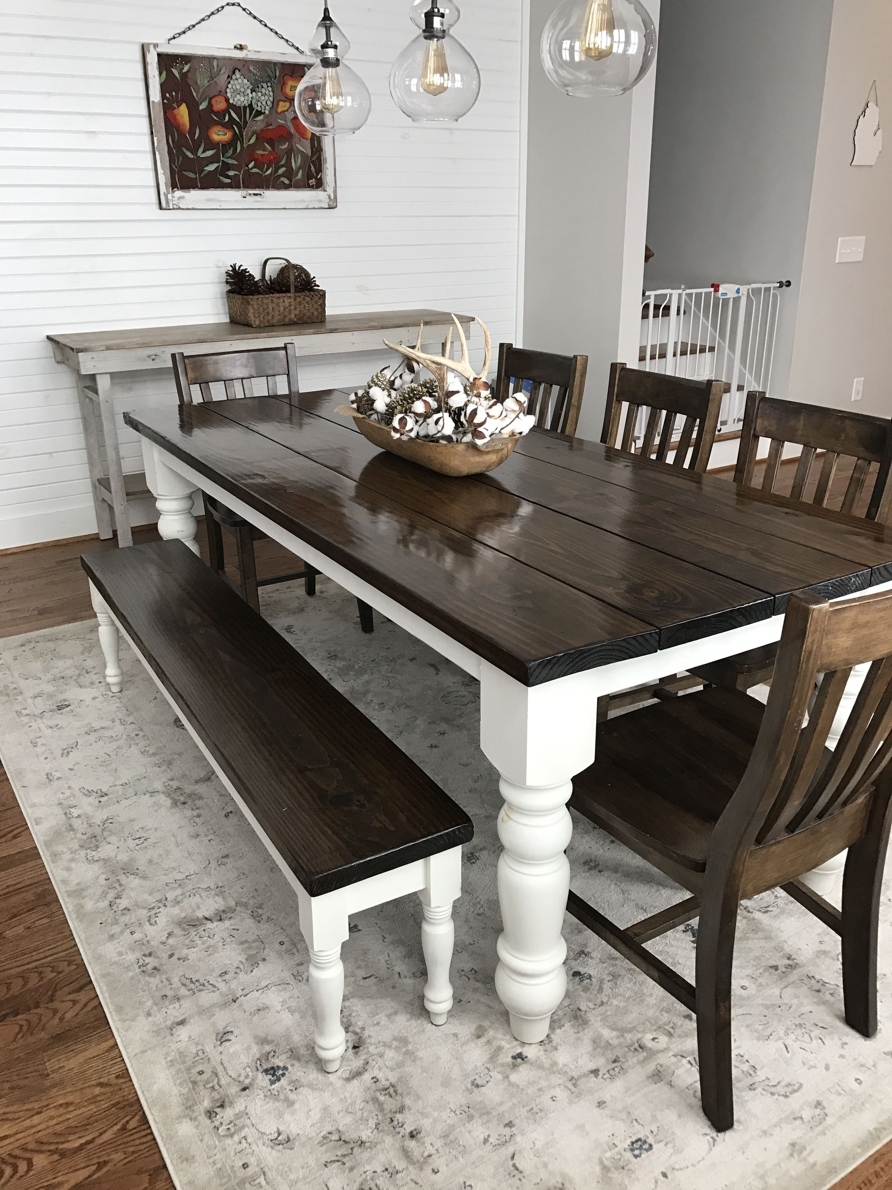 Featured Image of Farm Dining Tables