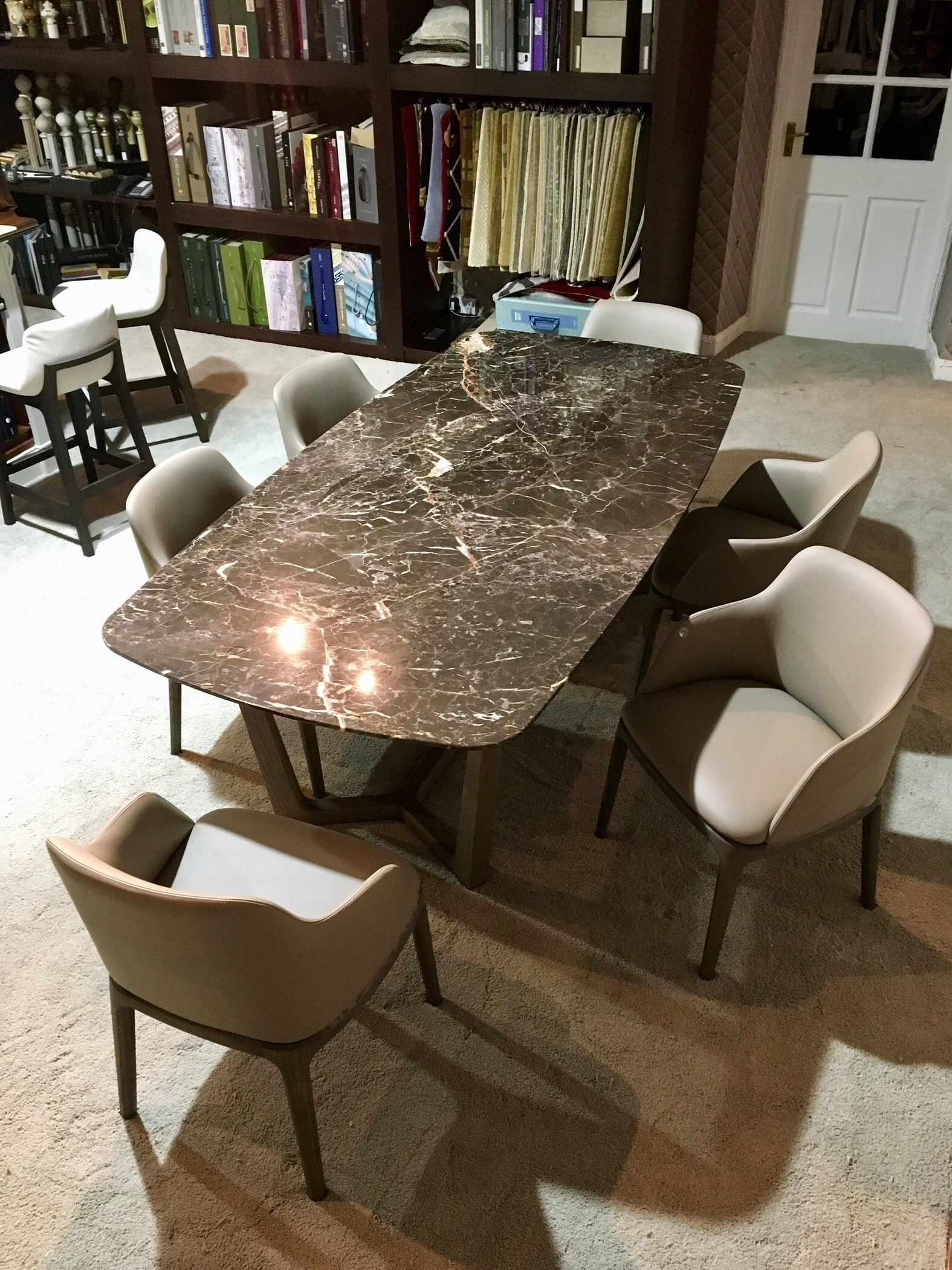 Beaufort Dining Table Best Of Terrific Adjustable Height Kitchen Inside Most Up To Date Laurent Round Dining Tables (Image 1 of 20)