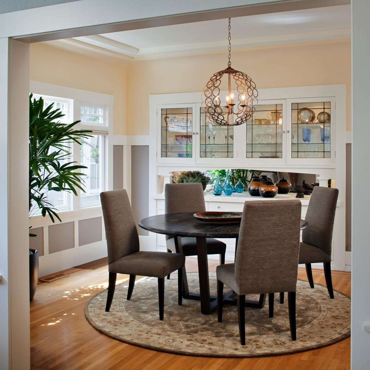 Craftsman Dining Room Design | Ideas For The House | Pinterest Inside Latest Craftsman Round Dining Tables (Image 2 of 20)