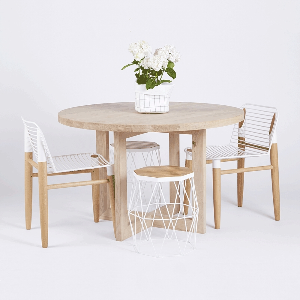 Designer Round Solid Oak Timber Dining Table – Contemporary Inside Best And Newest Lassen Round Dining Tables (Photo 5 of 20)