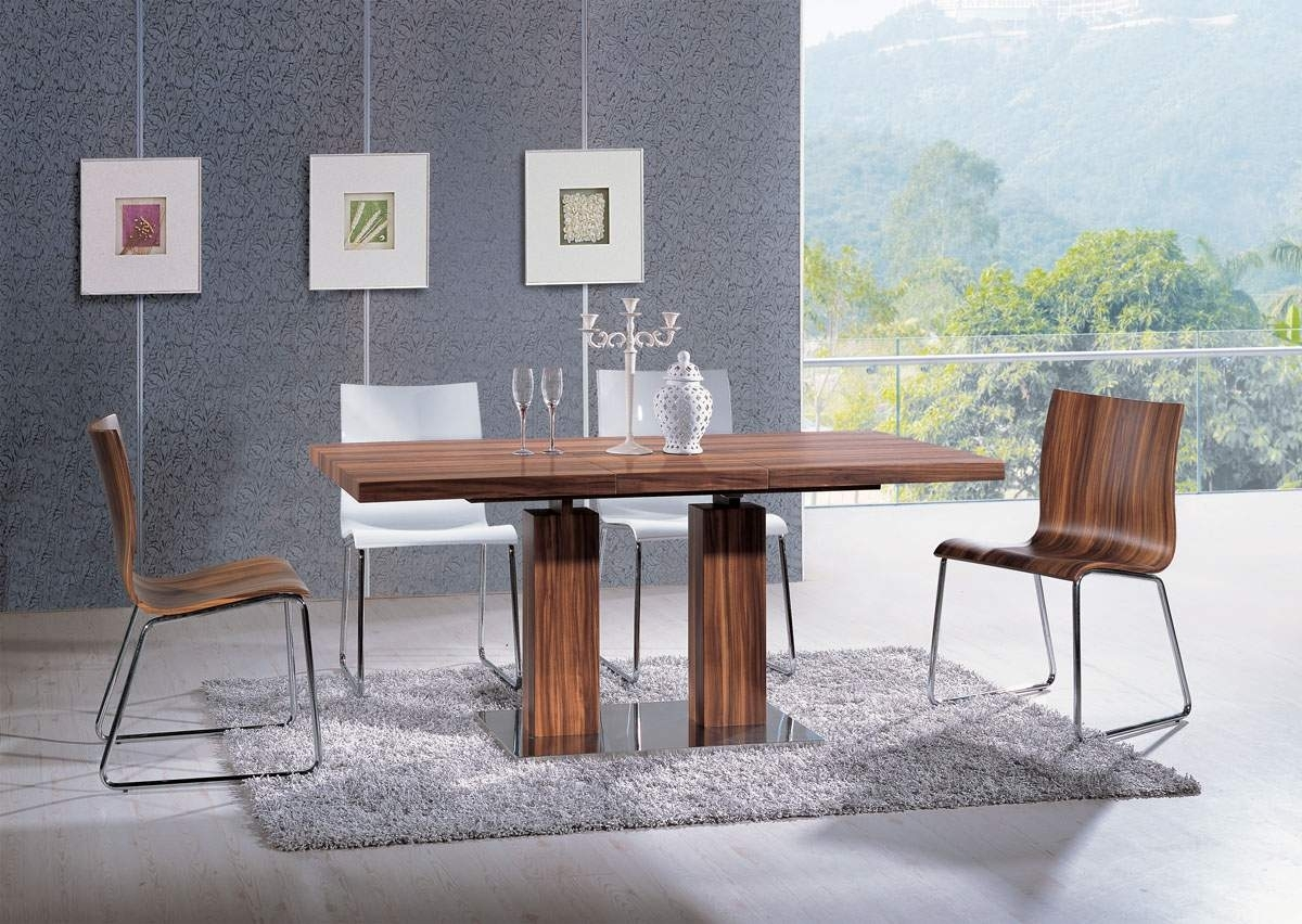 Extendable Rectangular Wooden Italian 5 Piece Kitchen Set With Intended For Latest Chandler Extension Dining Tables (Photo 19 of 20)