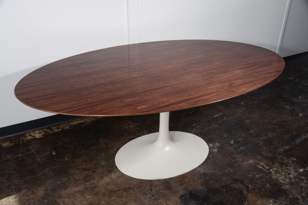 Furniture Awesome Knoll Saarinen Oval Tulip Dining Table Design With Intended For Most Current Palazzo 7 Piece Dining Sets With Pearson White Side Chairs (Image 7 of 20)