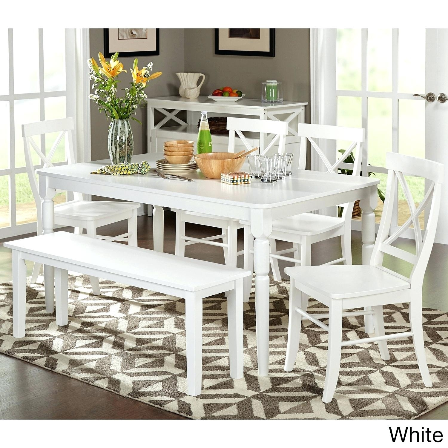 Imágenes De White Wooden Dining Room Table And Chairs Inside Most Recently Released Combs 5 Piece 48 Inch Extension Dining Sets With Pearson White Chairs (Image 13 of 20)