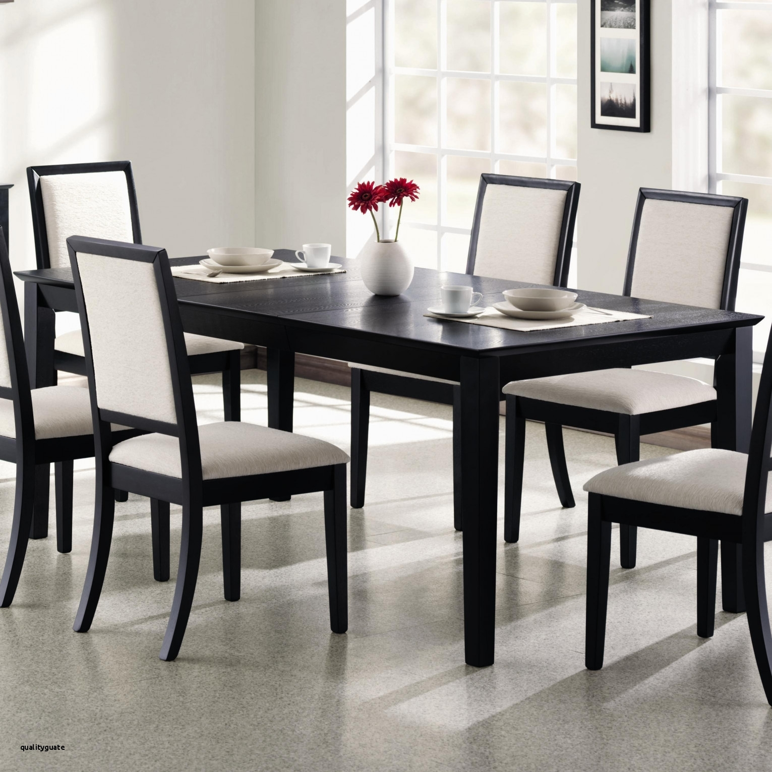 Imágenes De White Wooden Dining Room Table And Chairs Within Most Recent Combs 5 Piece 48 Inch Extension Dining Sets With Pearson White Chairs (Image 15 of 20)