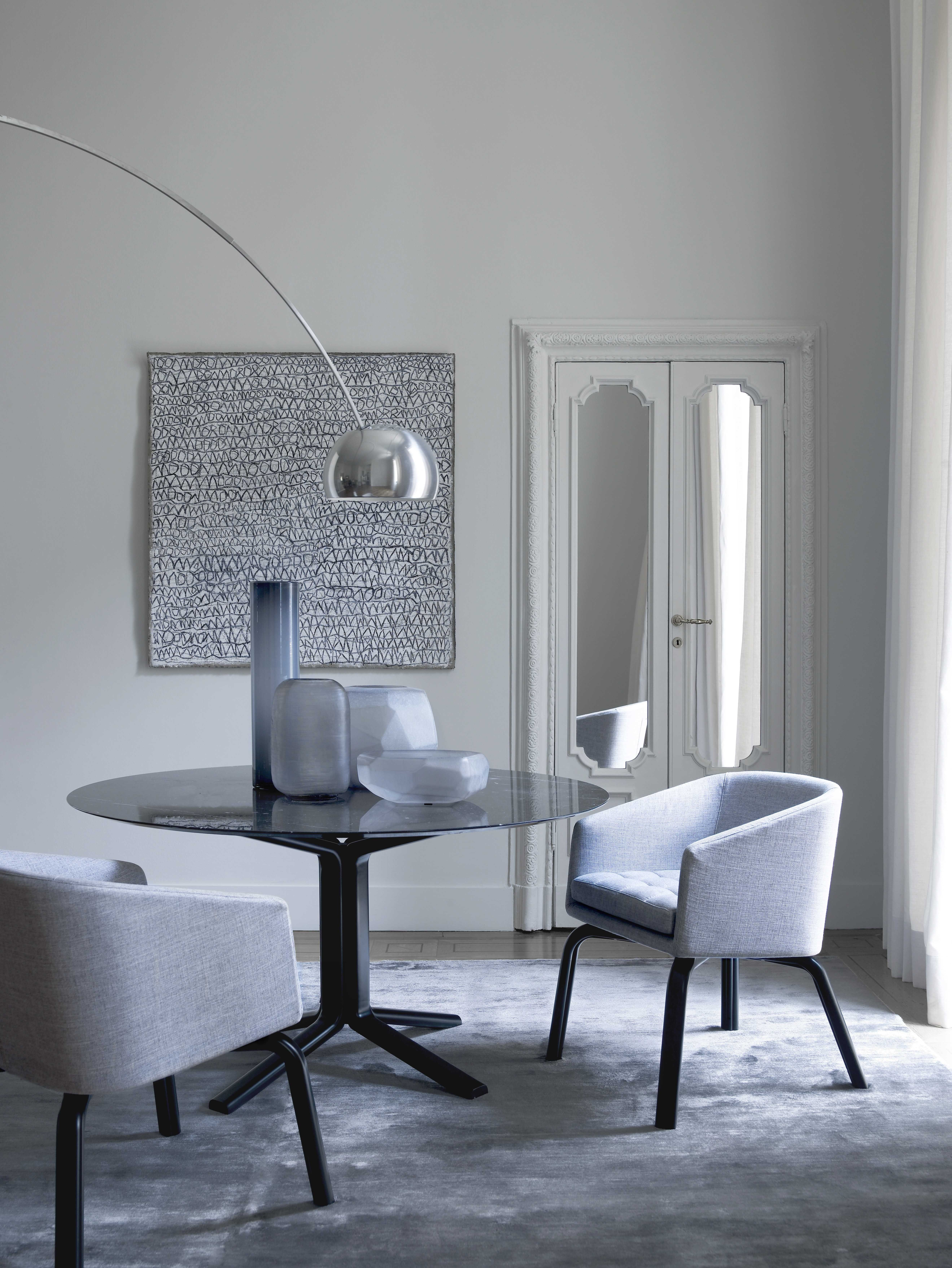 Meridiani I Miller Dining Table And Lolita Dining Chairs – Design Throughout Most Recently Released Palazzo 7 Piece Dining Sets With Pearson White Side Chairs (View 10 of 20)