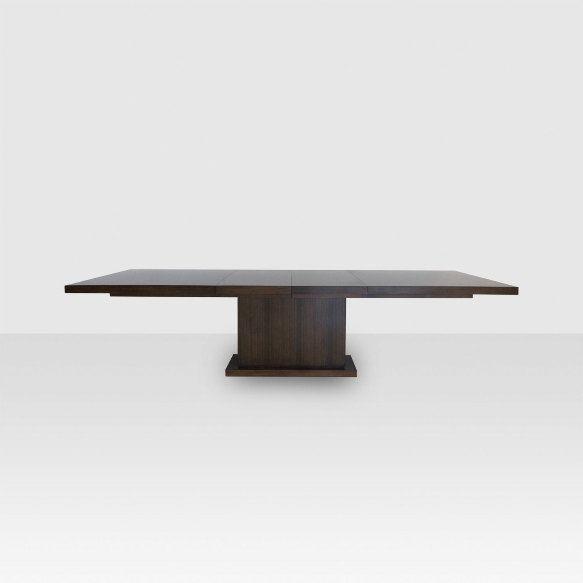Michael Weiss Bradford Dining Table – Elte In Best And Newest Bradford Dining Tables (View 4 of 20)