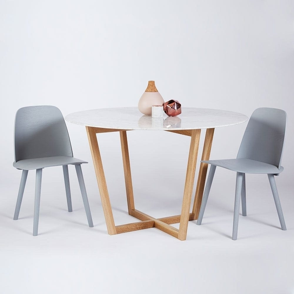 Modern Designer Round Italian Marble Dining Table – Oak Wooden Base Inside Newest Lassen Round Dining Tables (Photo 6 of 20)