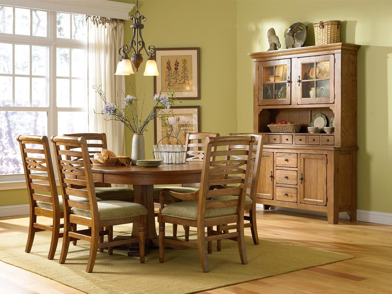 My Broyhill Attic Heirloom Dining Set Pedestool Table | My Dining Regarding 2018 Magnolia Home Bench Keeping 96 Inch Dining Tables (Image 12 of 20)